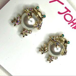 Betsey Johnson Pearl & Crystal Frog Stud Earrings